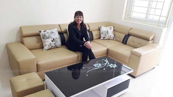 Hình ảnh Mẫu sofa da góc đẹp bài trí trong phòng khách nhà khách hàng