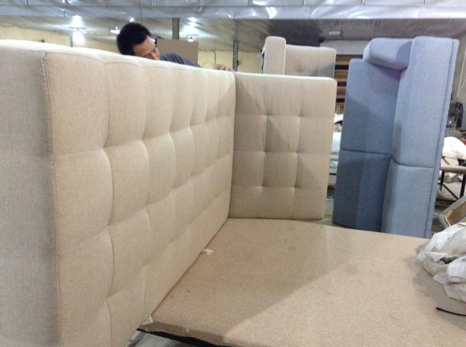 Hình ảnh xưởng đóng sofa giá rẻ theo yêu cầu uy tín, chất lượng và đáng tin cậy
