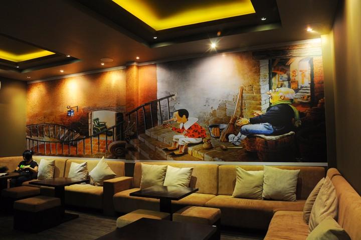 Hình ảnh cho mofa mini giá rẻ tại Hà Nội trang trí trong quán cafe hiện đại đẹp
