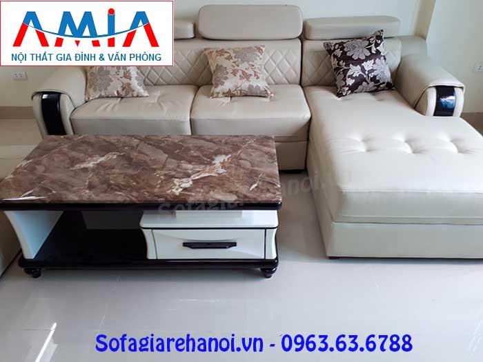 Hình ảnh ghế sofa da góc chữ L 3 chỗ kết hợp bàn trà sofa đẹp hiện đại