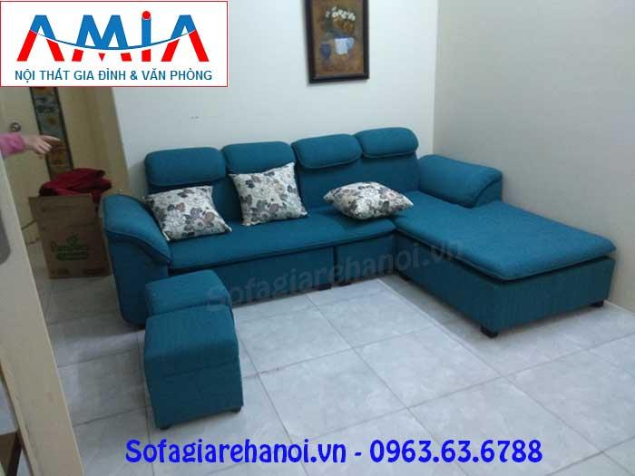 Hình ảnh mẫu ghế sofa nỉ góc chữ L với gam màu xanh thật độc đáo và mới lạ
