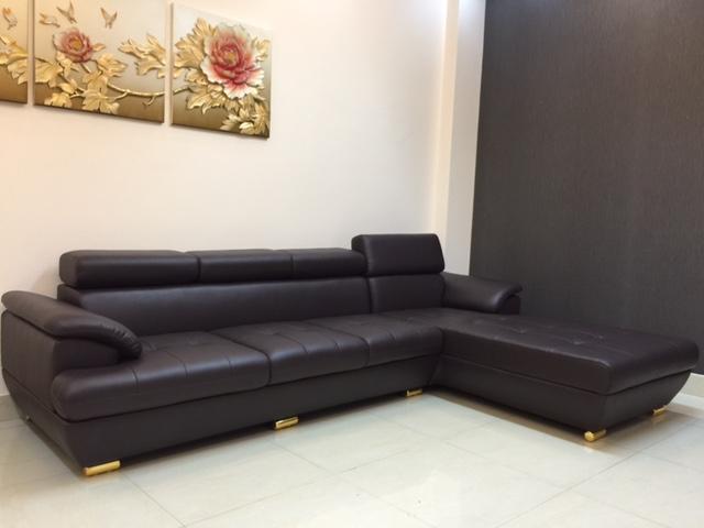 Hình ảnh cho mẫu sofa giá rẻ màu đen cho không gian phòng khách hiện đại, sang trọng