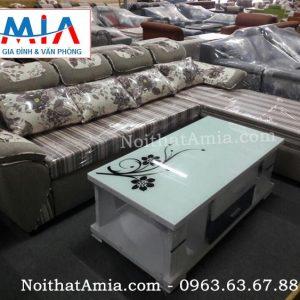 Hình ảnh cho mẫu bàn trà mặt kính hiện đại kết hợp cùng ghế sofa nỉ đẹp