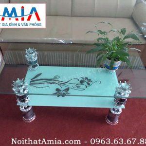 Hình ảnh cho mẫu sản phẩm bàn trà sofa kính 2 tầng đơn giản sang trọng