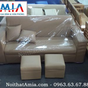 Mẫu sản phẩm ghế sofa văng da màu nâu nhạt với chiều dài 1m8 mang mã AmiA SFV061