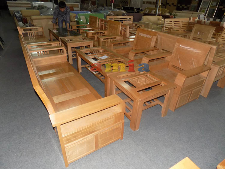 Hình ảnh cho bộ bàn ghế sofa gỗ đẹp mê ly trong không gian phòng khách gia đình