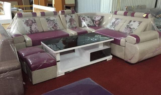 Hình ảnh cho mẫu bàn trà sofa gỗ mặt kính đẹp màu đen có họa tiết hoa văn