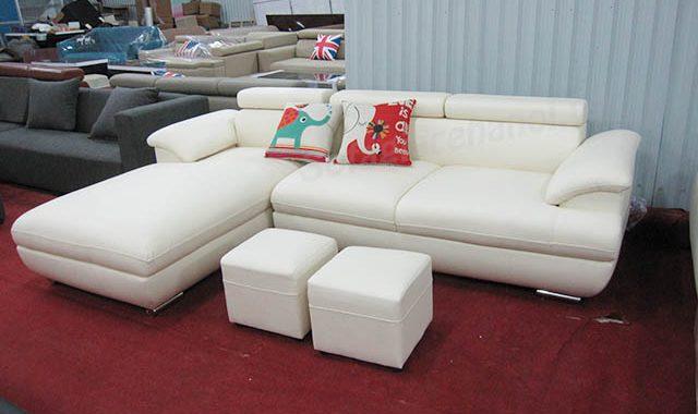 Hình ảnh mẫu ghế sofa da góc chữ L đẹp hiện đại với gam màu trắng sang trọng và trẻ trung