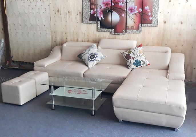 Hình ảnh bộ ghế sofa đẹp da góc chữ L được chụp thực tế tại Tổng kho Nội thất AmiA