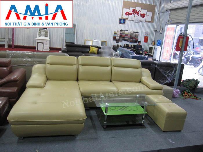 Hình ảnh cho mẫu ghế sofa da góc chữ L với thiết kế sang trọng 3 chỗ ngồi hiện đại