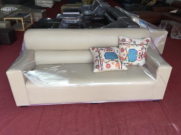 Hình ảnh cho mẫu ghế sofa văng da đẹp với thiết kế hiện đại cho phòng khách nhỏ