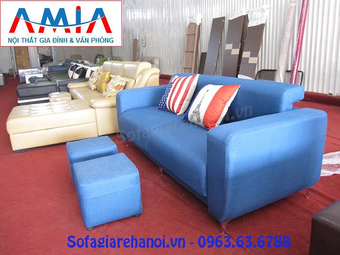 Hình ảnh mẫu ghế sofa văng nỉ đẹp Hà Nội được trưng bày tại Kho nội thất AmiA