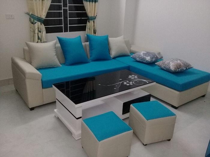 Hình ảnh cho mẫu ghế sofa nỉ góc chữ L khi được bài trí trong phòng khách nhà khách hàng