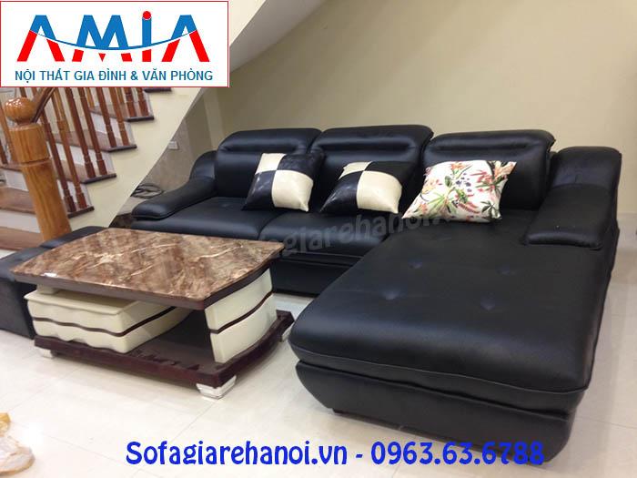 Hình ảnh cho mẫu bàn trà sofa mặt đá đẹp được phối hợp cùng bộ ghế sofa phòng khách đẹp gia đình