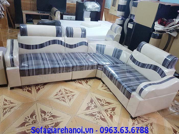 Hình ảnh mẫu ghế sofa da pha nỉ giá rẻ đẹp hiện đại với thiết kế kẻ sọc độc đáo