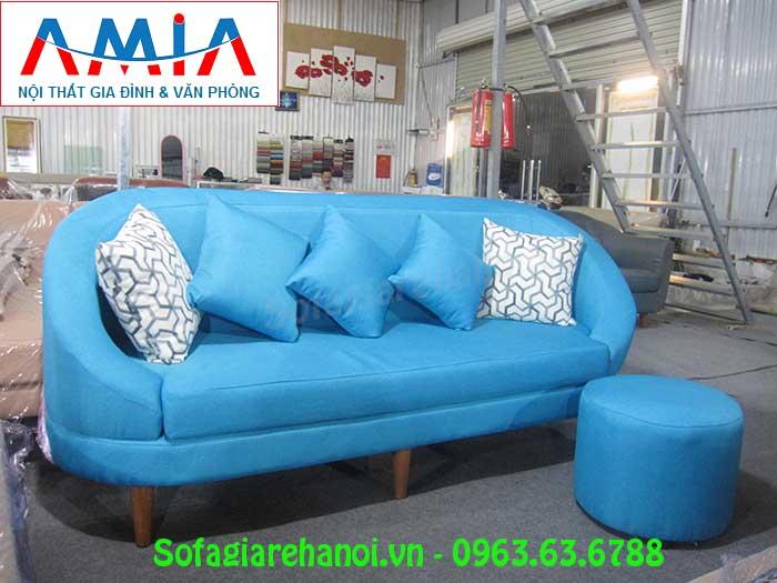 Hình ảnh ghế sofa văng 1m8 đẹp hiện đại và sang trọng cùng gam màu xanh nổi bật