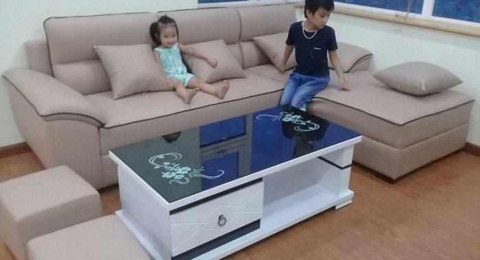 Hình ảnh bàn ghế phòng khách cho nhà chung cư đẹp hiện đại với thiết kế sofa da góc chữ L