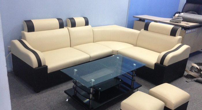 Hình ảnh bộ bàn ghế phòng khách nhỏ đẹp hiện đại với dạng sofa góc giá rẻ