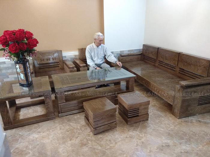 Hình ảnh bộ bàn ghế gỗ phòng khách đẹp chụp tại phòng khách gia đình
