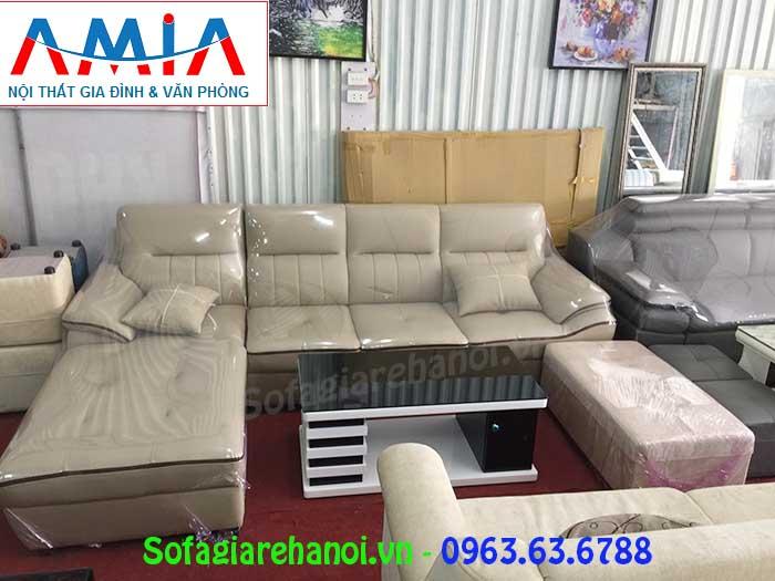 Hình ảnh bộ ghế sofa da góc chữ L AmiA SFD141 với gam màu trắng sữa viền đen