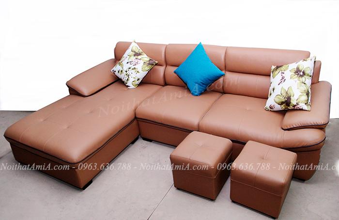 Hình ảnh Ghế sofa da góc chữ L đẹp chụp thực tế tại Tổng kho Nội thất AmiA