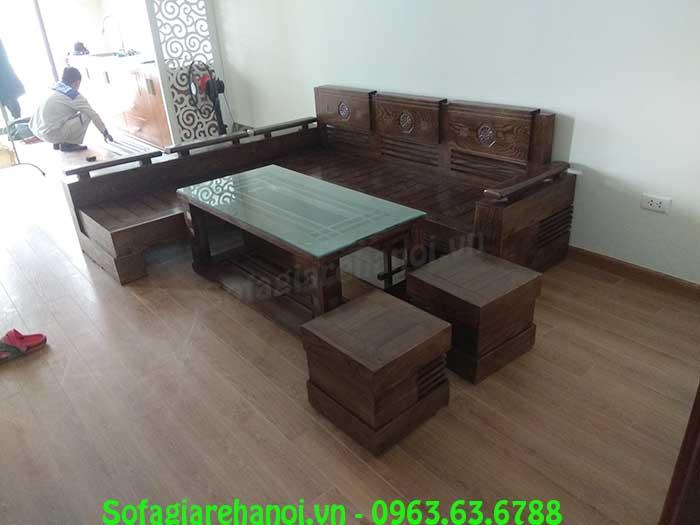Hình ảnh bàn ghế sofa gỗ chữ L được bài trí tại nhà khách hàng