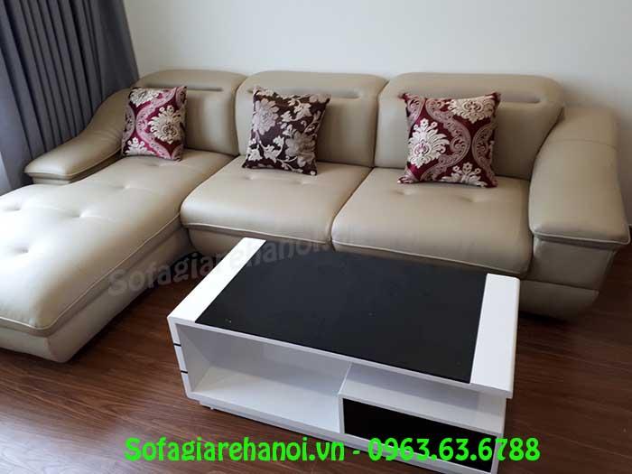 Hình ảnh mẫu ghế sofa da góc chữ L khi được bài trí trong phòng khách nhà khách hàng