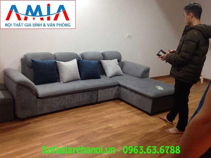 Hình ảnh sofa góc chữ L với chất liệu nỉ nhung thật ấm áp và êm ái cho mùa đông