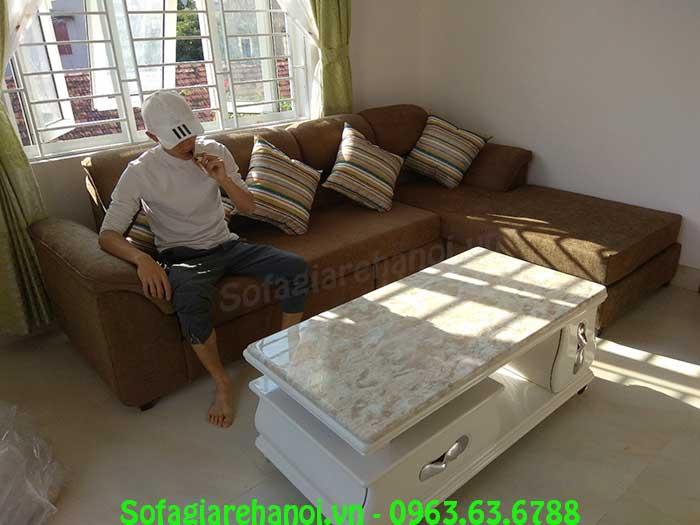 Hình ảnh bộ bàn ghế sofa nỉ chữ L đẹp trong phòng khách gia đình