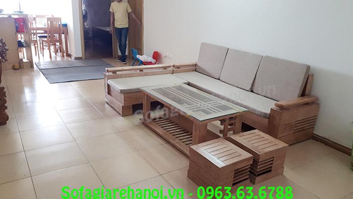 Hình ảnh bàn ghế gỗ chữ L nhà chung cư tích hợp thêm nệm nỉ
