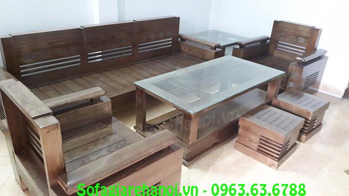 Hình ảnh bàn ghế gỗ phòng khách chung cư kết hợp bàn kính và đôn ghế