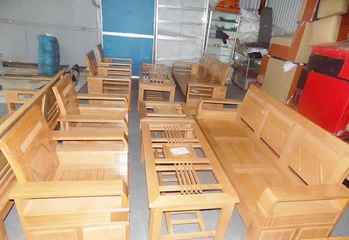Hình ảnh mẫu bàn ghế gỗ phòng khách giá bình dân được cung cấp bởi Nội thất AmiA