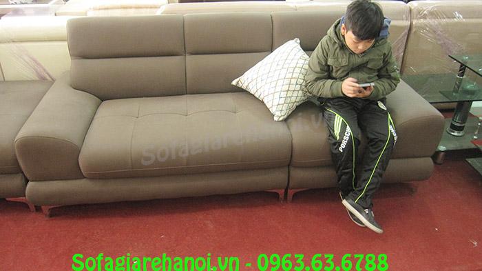 Hình ảnh mẫu ghế sofa nhỏ gọn đẹp hiện đại với gam màu nâu sang trọng