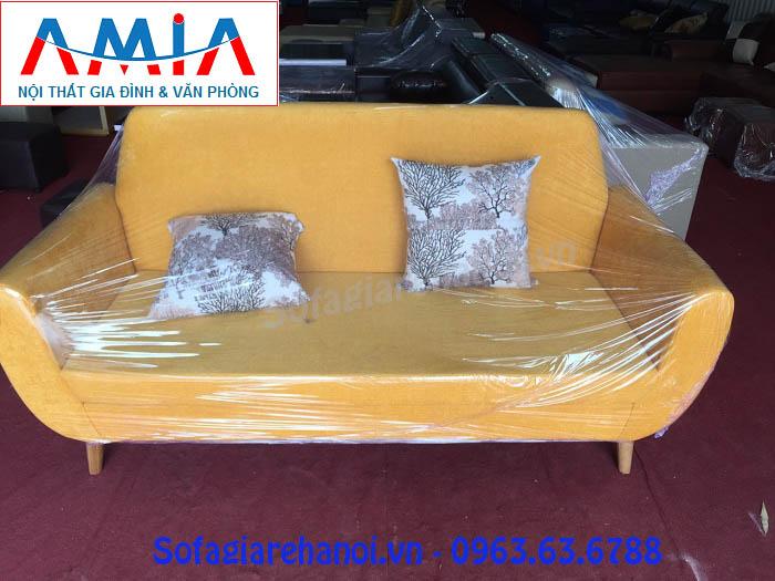 Hình ảnh mẫu ghế sofa nhỏ mini đang được bán và trưng bày tại Tổng kho Nội thất AmiA