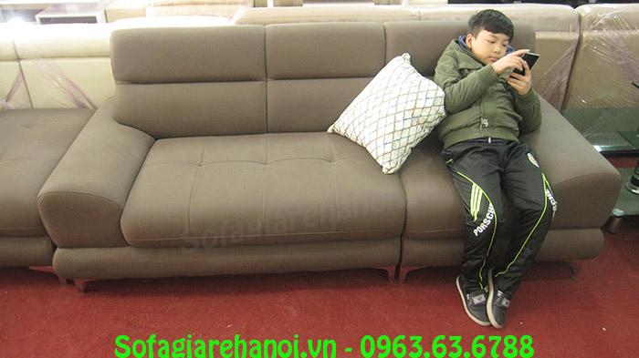 Hình ảnh ghế sofa nhỏ đẹp được chụp ngay tại Tổng kho Nội thất AmiA