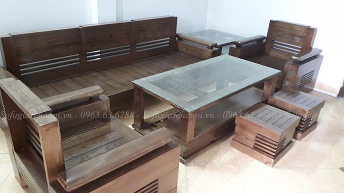 Hình ảnh bàn ghế gỗ đẹp hiện đại được bài trí trong phòng khách nhà khách hàng
