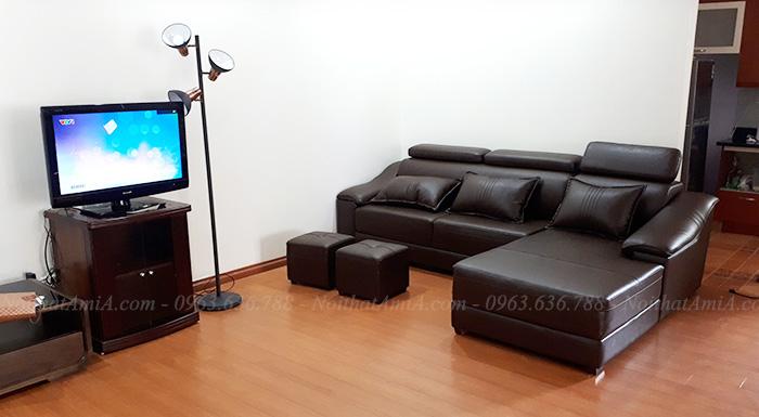 Hình ảnh Ghế sofa đẹp da chữ L bài trí trong phòng khách gia đình