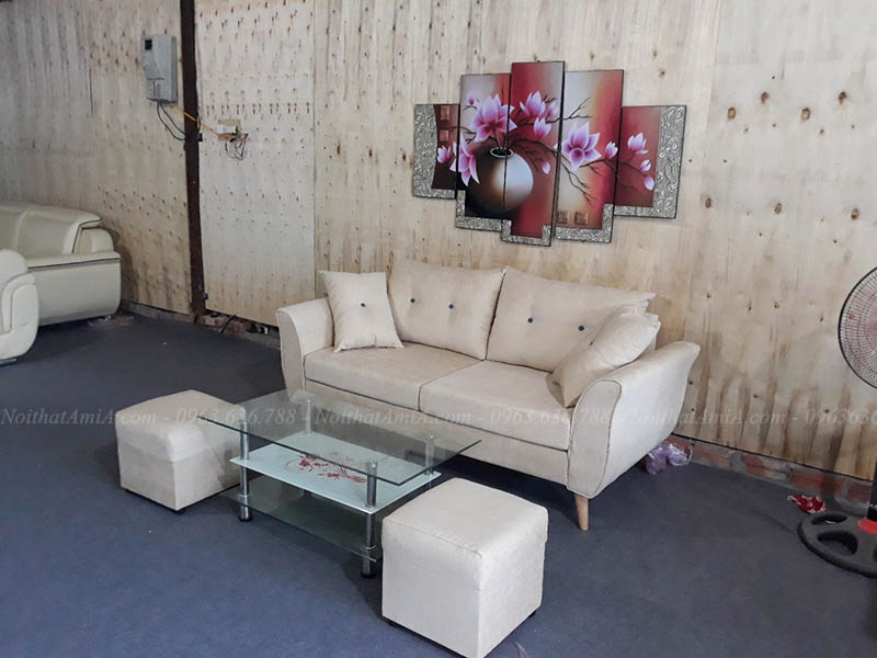 Hình ảnh Sofa văng nhỏ xinh cho không gian căn phòng khách nhỏ gia đình