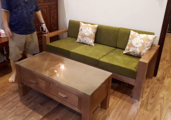 Hình ảnh Mẫu ghế sofa văng gỗ nhỏ xinh đẹp cho không gian căn phòng khách nhỏ gia đình