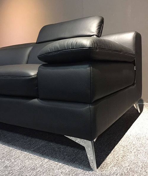 Hình ảnh Chi tiết mẫu sofa da đẹp hiện đại thiết kế chân đế inox và tựa đầu gật gù