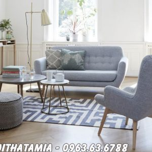 Hình ảnh Ghế sofa nhỏ gọn xinh xắn bài trí trong phòng khách nhỏ gia đình