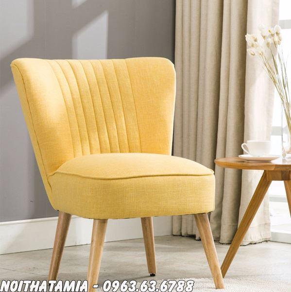 Hình ảnh Sofa đơn phòng ngủ thiết kế chân đế dài thon gọn