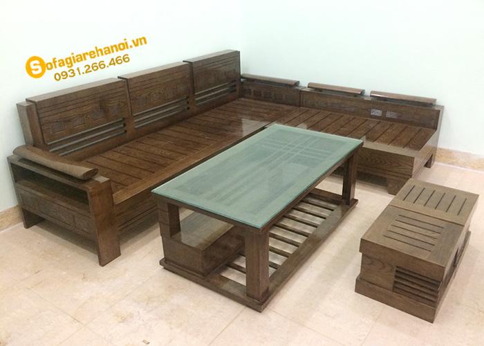 Hình ảnh Mẫu sofa gỗ đẹp hiện đại kết hợp bàn trà gỗ và 2 đôn nhỏ xinh