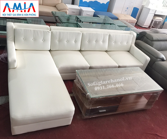 Hình ảnh Sofa da phòng khách đẹp với gam màu trắng hiện đại