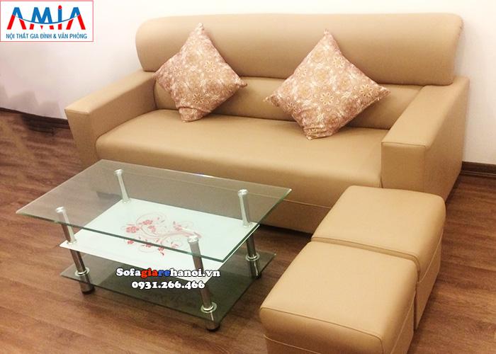 Hình ảnh Bàn trà giá rẻ mặt kính kết hợp ghế sofa văng nhỏ xinh xắn