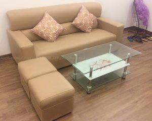 Hình ảnh Mẫu sản phẩm ghế sofa văng da đẹp kết hợp bàn trà kính đẹp